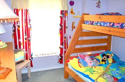 Disney Kids room sleeps 3 with toys &  cable tv