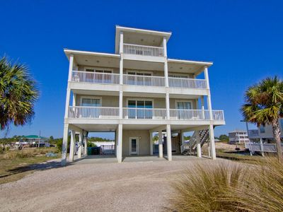 Photo for Direct Beach Access, Pool, Elevator, Wi-Fi, Cable, Fireplace, Pets
