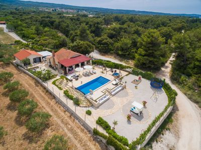 Photo for Vacation home Villa Mutnik in Brač/Supetar - 11 persons, 4 bedrooms