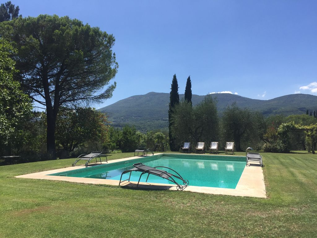 Property Image24 TOP Old Tuscan Farmhouse In Stone With Olive Gardens Pool Air Conditioner