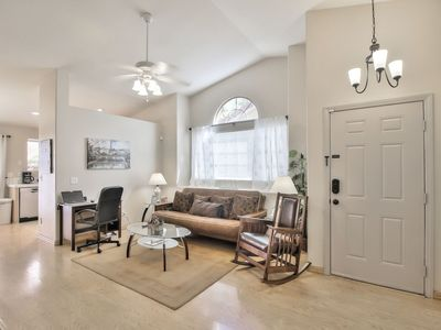 Your Perfect Cozy 3 Bedroom, 2 Bath, Fully Furnished!