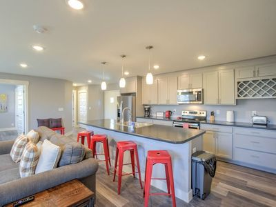 Photo for 2BR ✶ Modern & Chic ✶ Comfy Home in Old Colorado