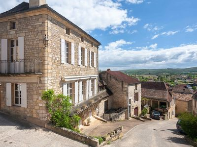 Photo for Luxurious Holiday Home near Sarlat and Les Eyzies - La Grande Vue