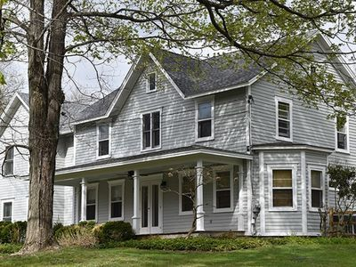Beautifully renovated farmhouse walking distance to the center of Rhinebeck.