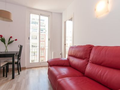 Photo for 3 bedroom apartment with Free Wi-Fi / A.C. and views of Sagrada Familla