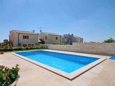 Photo for Detached holiday home Nada 4 with private pool, sea view, air conditioning and Wi-Fi