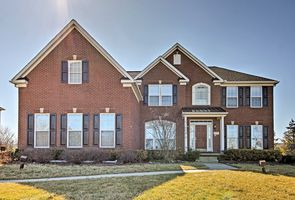 Photo for 4BR House Vacation Rental in South Lyon, Michigan