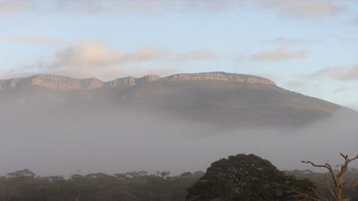 Photo for Kyandra Cottage - $2M view of the Grampians