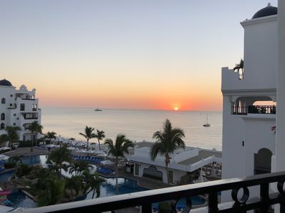 Photo for Pueblo Bonito Blanco, San Cabo, 1 Week, 3/05 thru 3/12  2018 For Rent