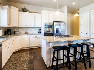 Photo for 4246 | COZY, BEAUTIFUL TOWNHOME WITH LOTS OF ADDITIONAL PARKING!
