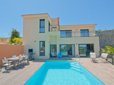 Photo for Holiday villa with private pool, Villa Impériale.