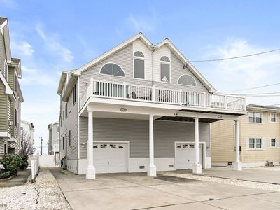 Photo for Great Location!! This Townsend Inlet Beachblock Townhouse has a large deck with ocean views