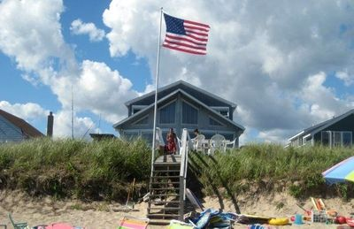 Photo for Beachfront house - Perfect family getaway