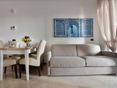 Photo for Cosenz  apartment in Porta Garibaldi with WiFi, air conditioning, private roof terrace & lift.