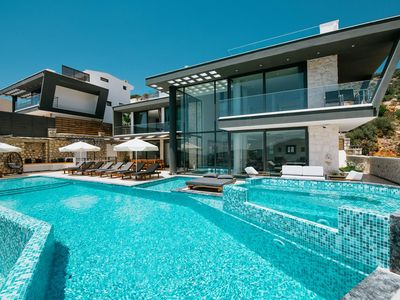 Photo for 6 BEDROOMS VILLA UNLIMITED 2