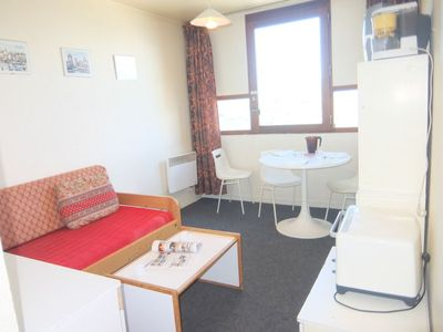 Photo for One bedroom Apartment, sleeps 2 with Pool, WiFi and Walk to Shops