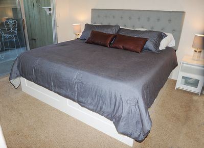 Master Bedroom - king tempurpedic