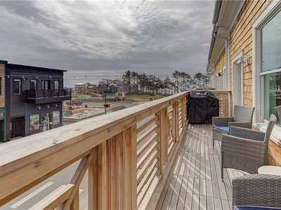 Photo for Above Market: 3 BR / 2 BA seabrook in Pacific Beach, Sleeps 6