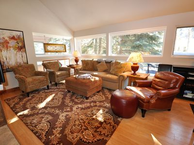 Photo for Beautifully Remodeled Spacious 4 Bedroom East Vail Condo #3F. Hot Tub access