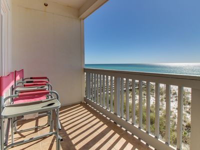 Photo for Oceanfront condo w/ shared pool & instant beach access!