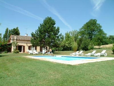 Photo for 5BR Farmhouse Vacation Rental in Boudy-de-Beauregard, Nouvelle-Aquitaine