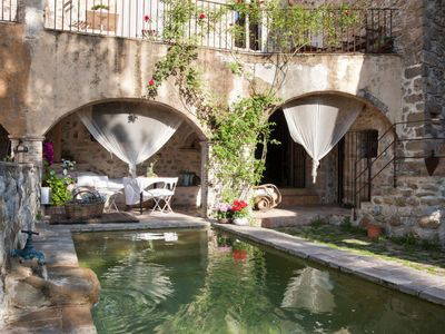Photo for Stunning luxury country house with pool near the Costa Brava