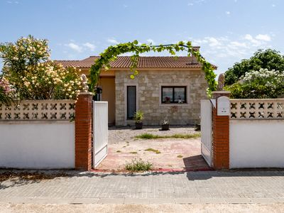 Photo for Modern and cozy chalet very close to Barcelona