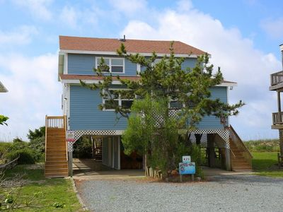 Photo for 4 Crabs By The Sea - Great Oceanfront Home with Plenty of Room for Large Groups!