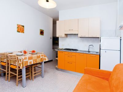 Photo for Erika tree-room flat in the town centre