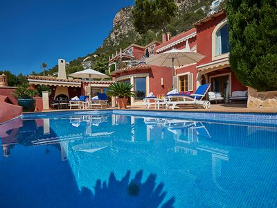 Photo for Spacious apartment house on Mallorca with private pool and sea views