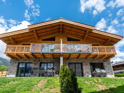 Photo for Luxurious chalet with private wellness, near Zell am See and Kaprun