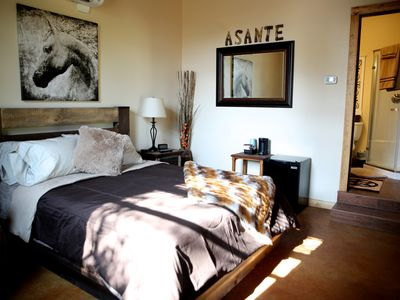 Photo for Vaquero Room (Single Room) In The Estable Building - Asante Lodging And Events