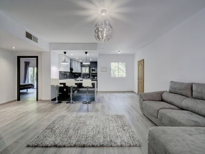 Photo for Luxurious apartment in the heart of Puerto Banús, Marbella