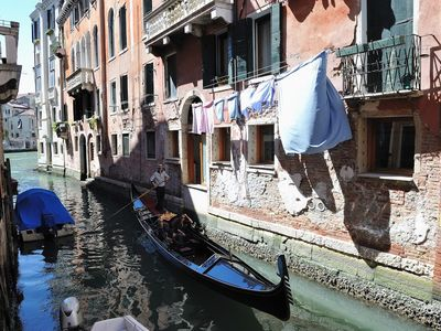 Photo for Apartment 47 m from the center of Venice with Air conditioning, Washing machine (632954)