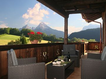 Luxurious 5 ***** apartment in a dream location with unique, unspoilt mountain scenery.  - Berchtesgaden