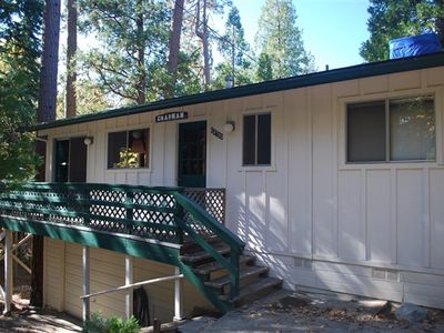 Photo for Charming lake cabin in the Willow Cove section of Bass Lake