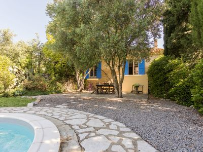 Photo for Charming villa with private pool, large garden with lawn and complete privacy