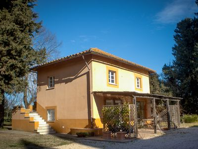 Photo for In Villa Silj parkland, family friendly, swimming pool, metro to city centre