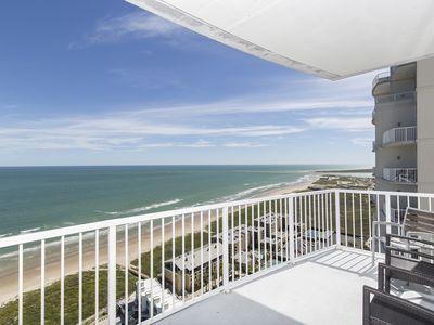 Photo for Awe-inspiring Views from the 27th Floor at the Sapphire Resort & Spa! Sit Back and Enjoy Miles & Miles of the Beautiful Gulf of Mexico!