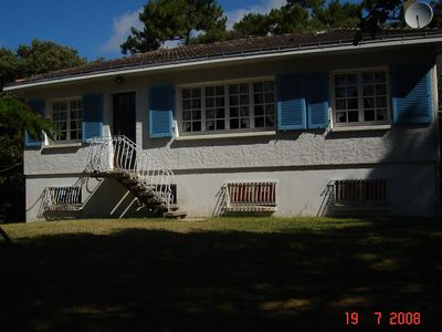 Photo for Villa edge of forest at 200 meters from the beach