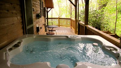 Secluded Six Person Hot Tub to soak your cares away! Clean/Sanitized every guest