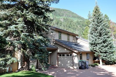 4444E Streamside Circle - Outstanding location in East Vail right on the Gore Creek