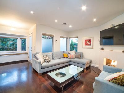 Photo for Stylish Home in Hip Mar Vista