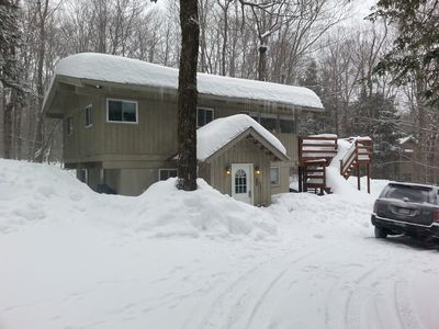 Photo for 4BR Chalet Between Mt. Snow & Stratton, Sleeps 10, Fireplace, Clubhouse w/ Pool