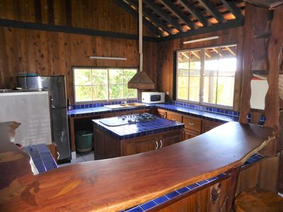 Roomy comfortable  house, private access to lagoon with swimming & snorkeling