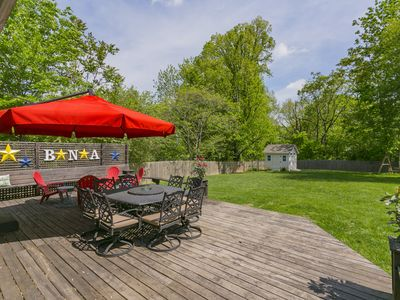 Photo for Updated 3 Bed/2 Bath, HUGE Fenced Yard & Deck, Fire Pit, 6 Beds!