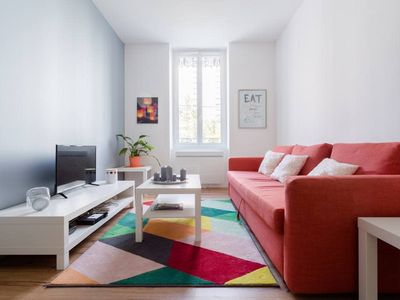 Photo for Spacious 2-rooms flat very quiet❤️Tram C/E at 4 min #B7