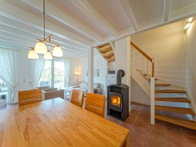 Photo for Family-friendly premium holiday home with fireplace, sauna, North Sea & beach view