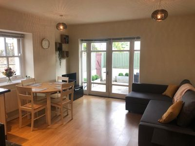 Photo for Fabulous, Modern 2 Bed Flat in Central Cardiff