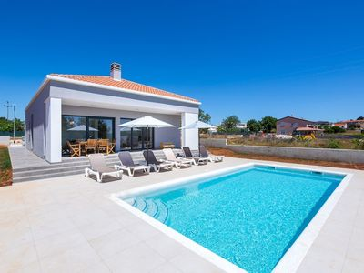 Photo for Holiday house Pula for 1 - 6 persons with 3 bedrooms - Villa